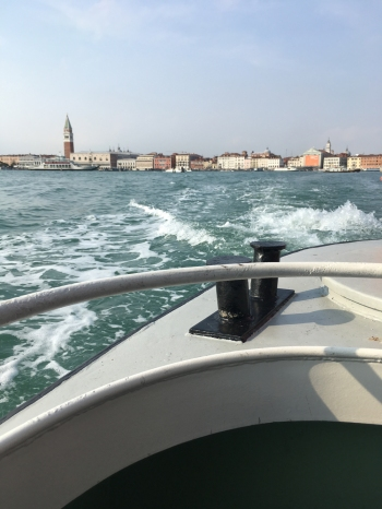 171011 Venice 26 en route to S Lazzaro for web